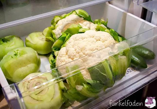 Grünes Gemüse im Bauknecht Kühlschrank aufbewahren