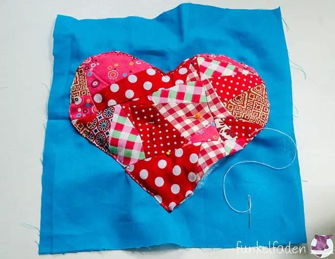 Patchworksquares - Herz mit Volumen im Crazy Patchwork-Stil nähen