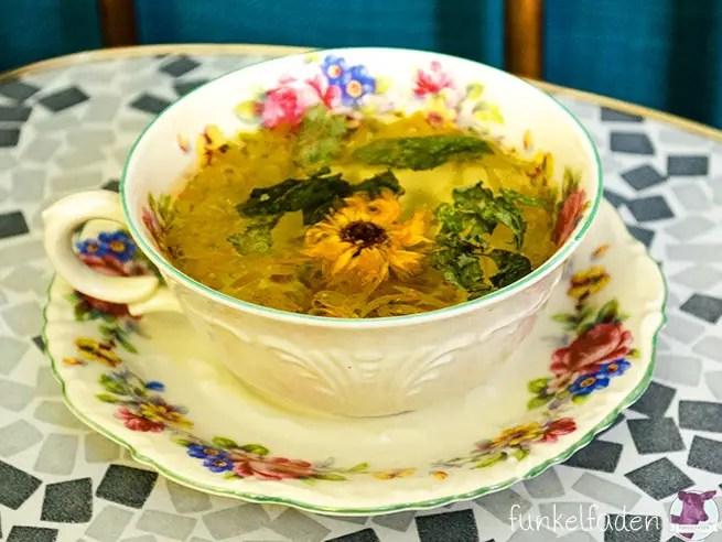Tee mit Ringelblumen selber machen