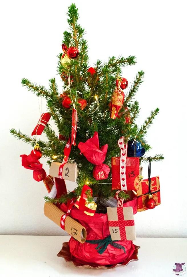 DIY- Adventskalender basteln mit Baum