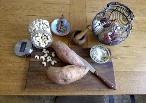 Süßkartoffelaufstrich mit Cashew-Kernen