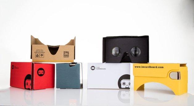 I AM CARDBOARD virtual reality simulator for gift swap