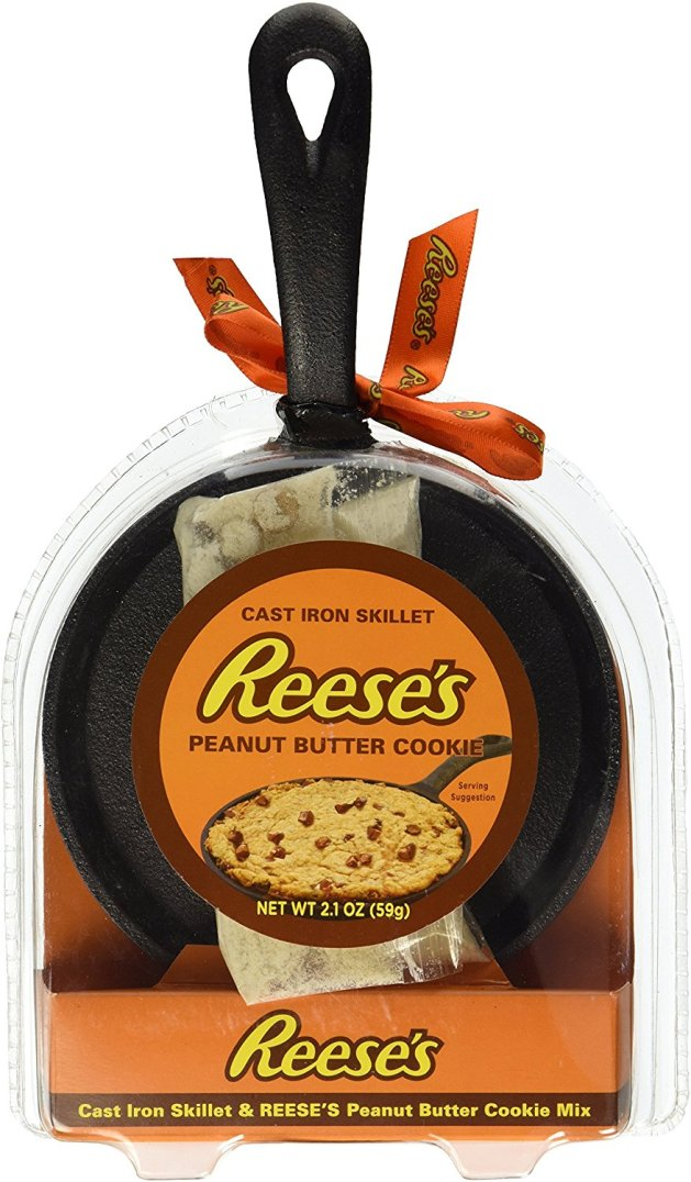 reeses-cookie-cast-iron-skillet
