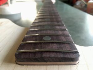 Bass neck, rosewood fretboard