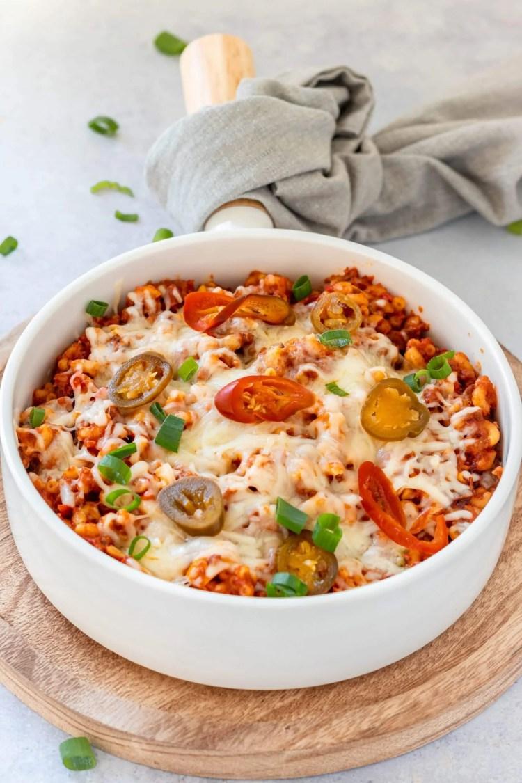 Slowcooker chili mac & cheese