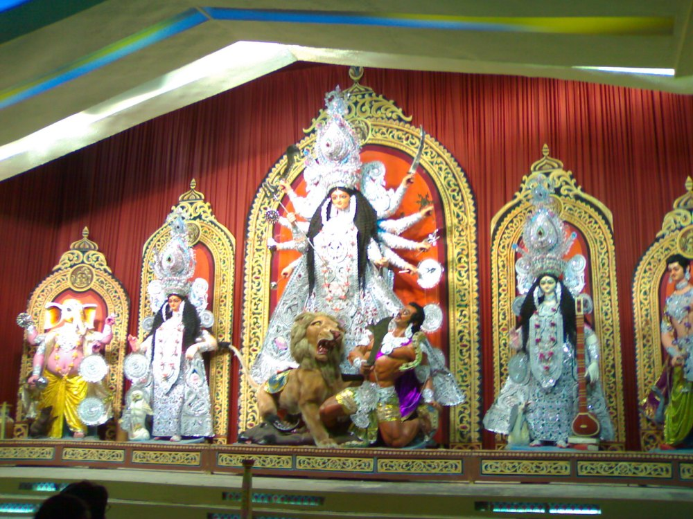 Pandal Hopping - Kolkata,2008 - Part 1  (2/6)