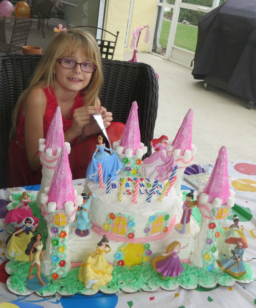 Ashling loved her Disney princess cake and all her friends were impressed too!