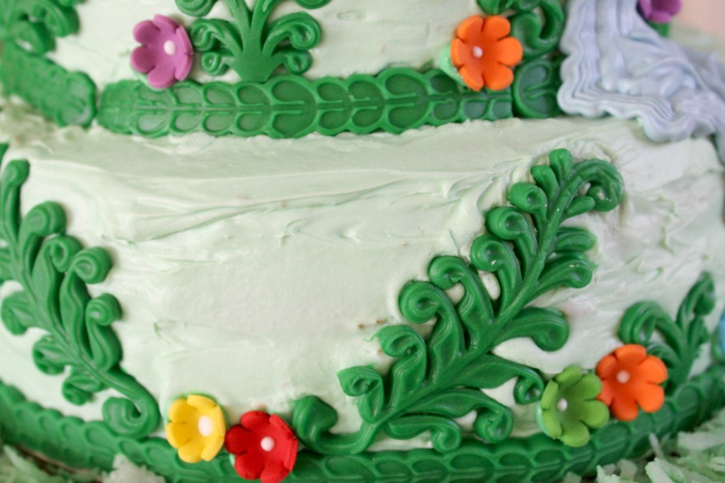 The fondant is the perfect addition to this Rapunzel cake