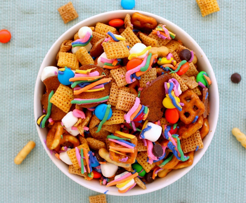 Rainbow-snack-mix-final