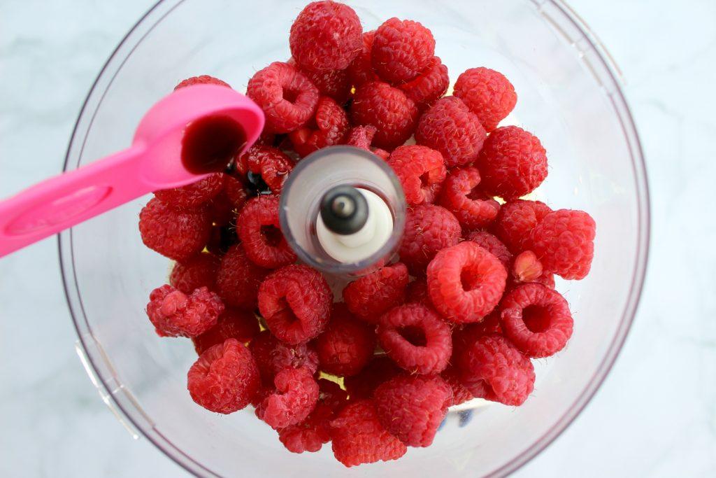 Summer-Berry-Salad-Raspberry-Vinaigrette-2
