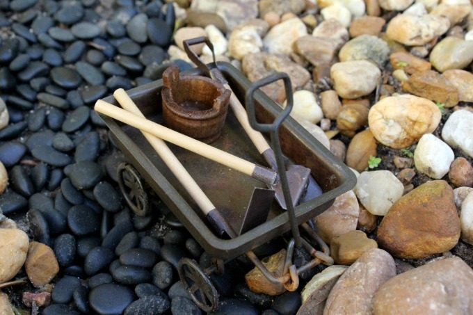 You can't have a gnome garden without gardening tools, right?