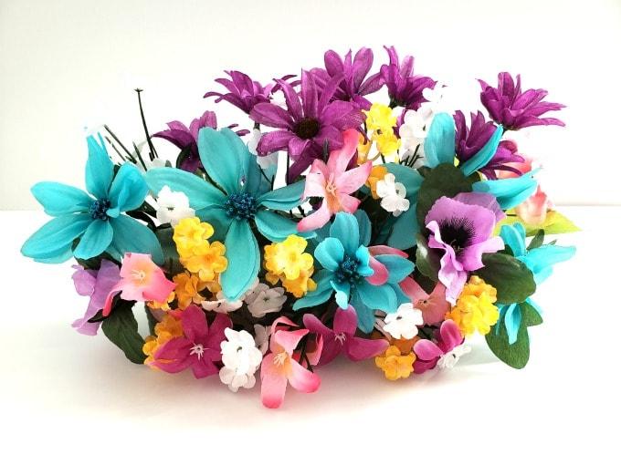 Flowers for butterfly pumpkin