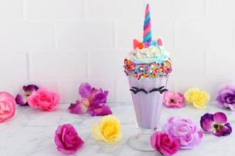 Unicorn Milkshake with flowers