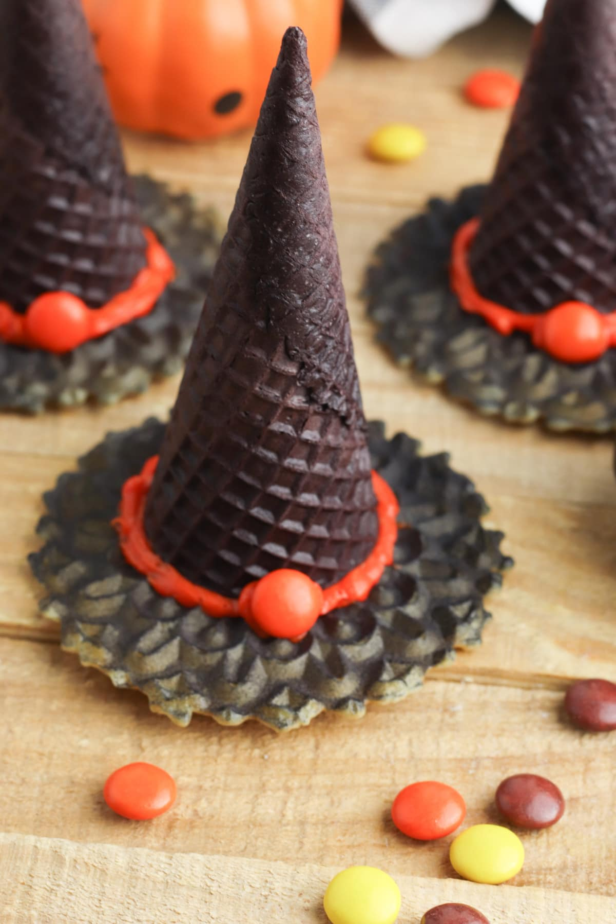Witch hat cookie snack for Halloween