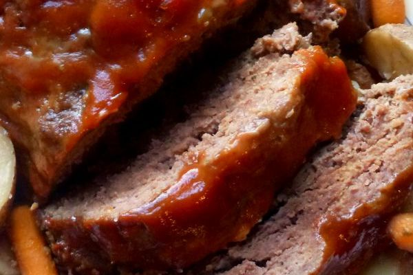 This Crockpot Meatloaf and Vegetables recipe is a great one pot meal for a quick family dinner!