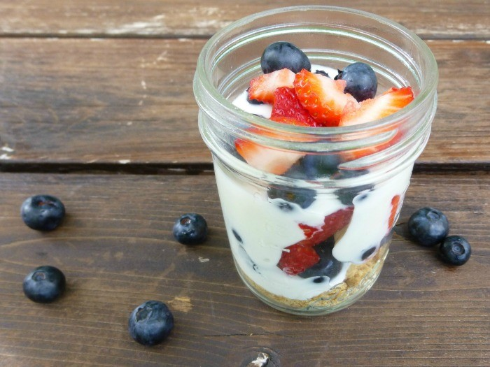 Fun and healthy 4th of July food ideas that are super easy to make!