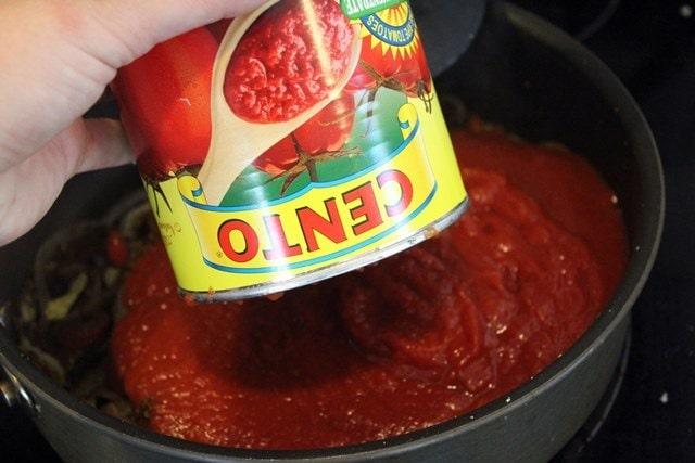 Add tomatoes to veggies