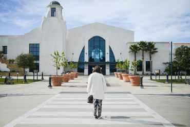 Photo of the Santa Barbara airport