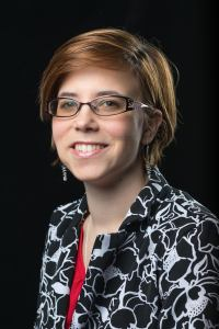 Dr. Lauren Woods (Phd) Headshot