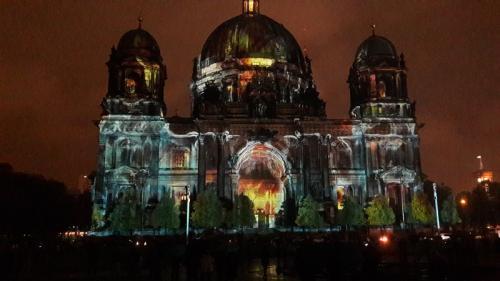 k-Berliner Dom beleuchtet beim Festival Of Lights (13)