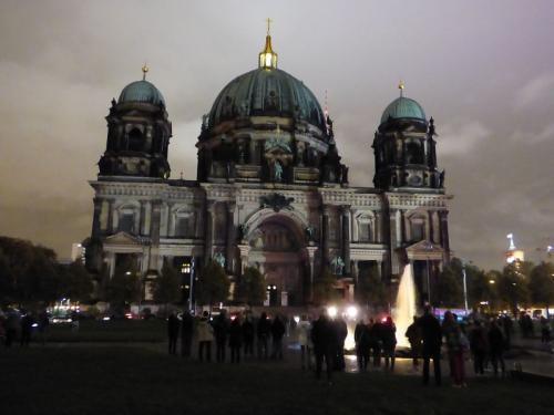 k-Berliner Dom beleuchtet beim Festival Of Lights (31)