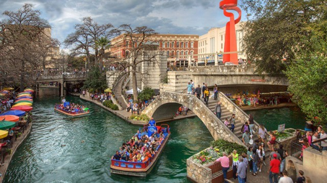 The best of San Antonio,Texas in 2 days