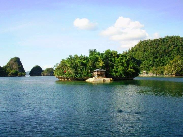 Oasis Islet, Dinagat Island Cagdianao, Dinagat Islands, Philippines