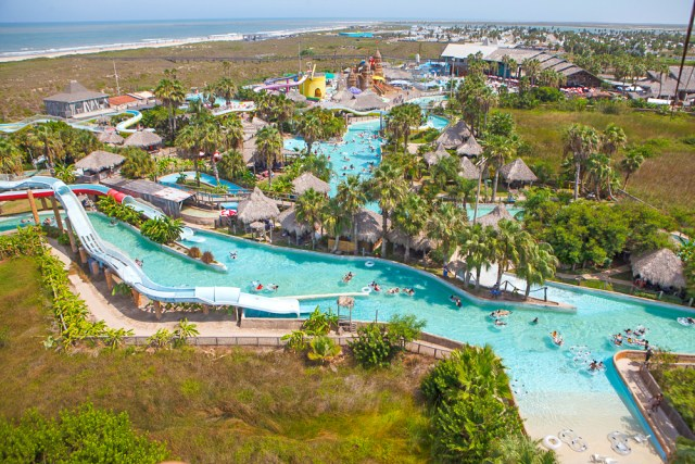16 Best Water Parks In Texas