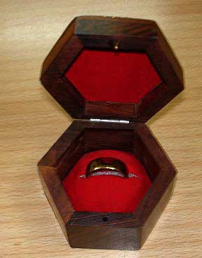 Hex-Ring-Box---open