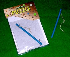 Buttonhole Loop Puzzle