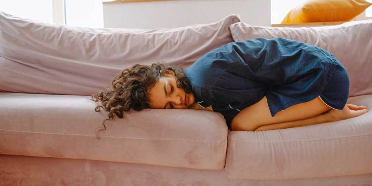 Get rid of your menstrual cramps at home