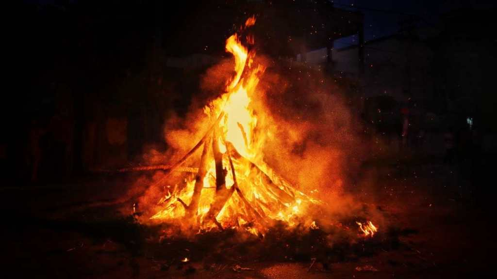 Holika Dahan is an essential part of Holi celebrated a night before Holi at various places in the country to mark the start of this Holi Festival. It symbols victory of Good over Evil.