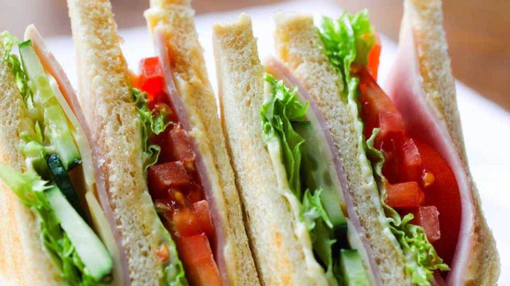 sandwiches at airport