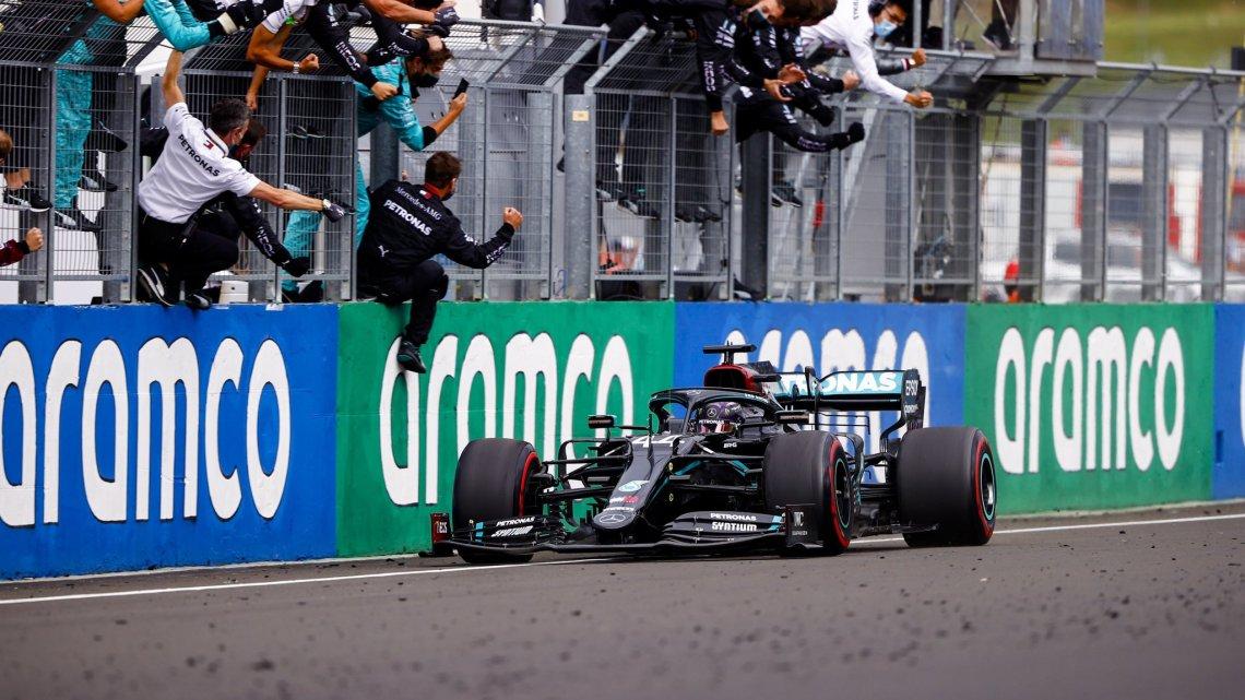 F1   Le pagelle del gran premio d'Ungheria: Hamilton divino, incubo Leclerc.