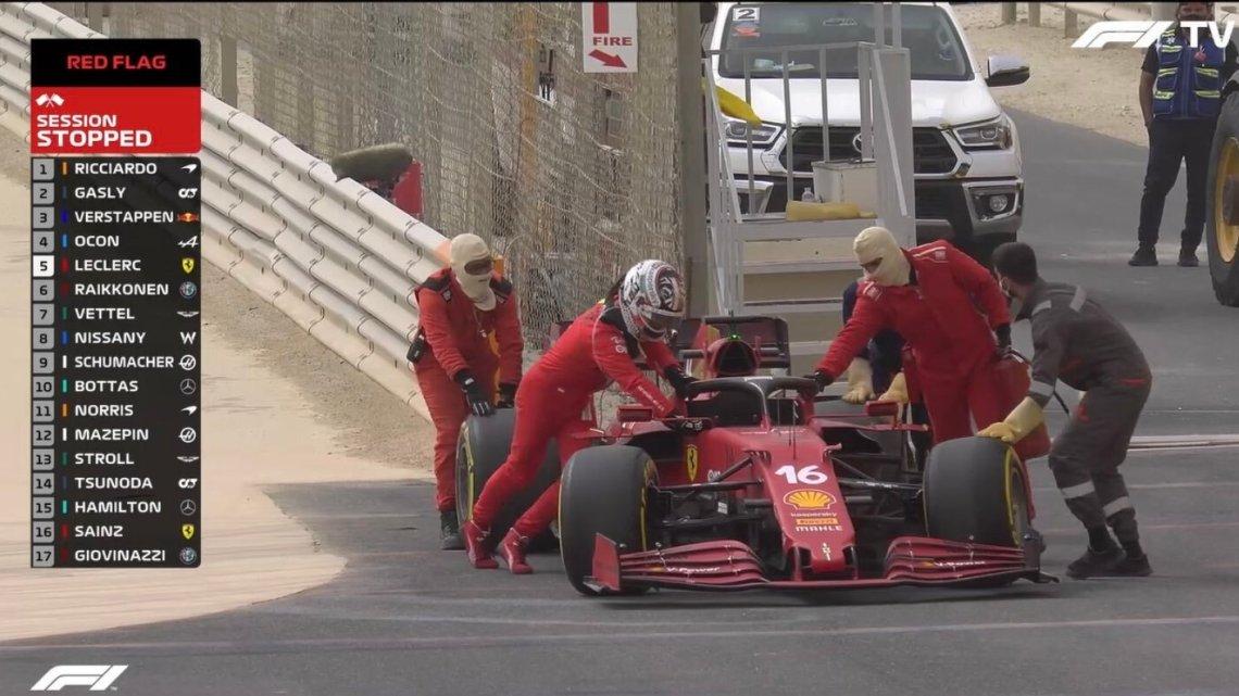 I tempi a metà giornata: Ricciardo in testa, problemi per Mercedes e Ferrari.