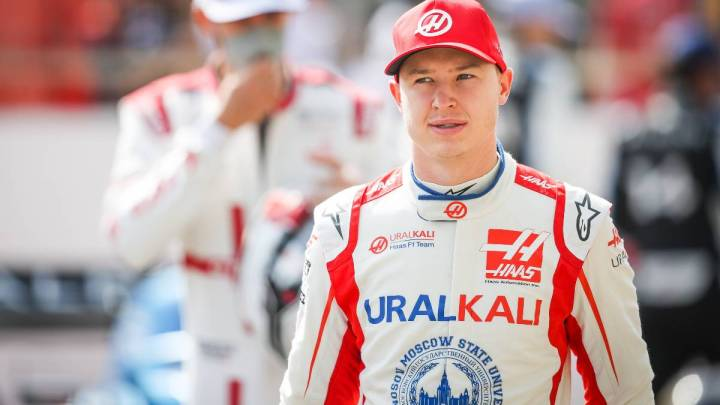"""Mazepin e il suo difficile inizio di stagione: """"Schumacher è avvantaggiato""""."""