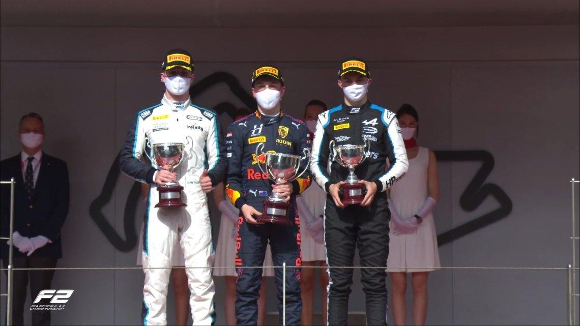 Capolavoro di Lawson nella Sprint Race 2 di Monaco.
