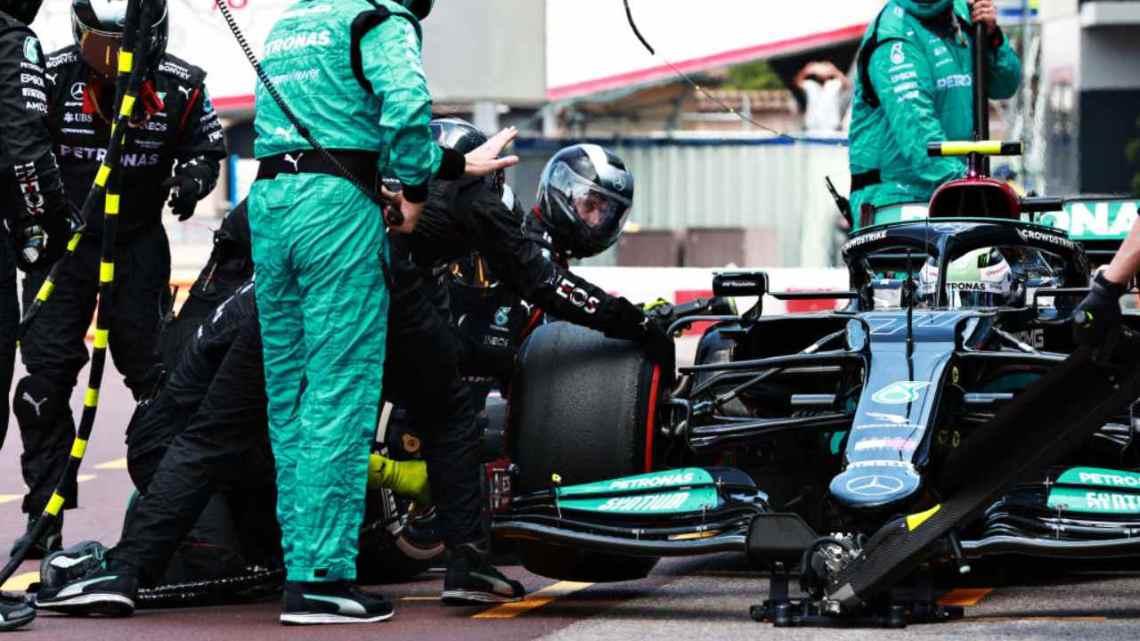 I retroscena del dado di Bottas: anche la Ferrari ci prova