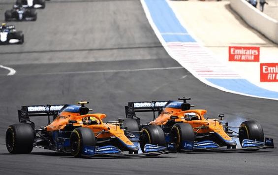 Le Mclaren in lotta durante il GP di Francia
