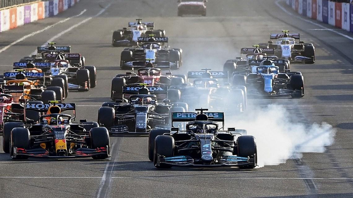 Dopo l'errore di Baku, la Mercedes revisionerà il sistema frenante