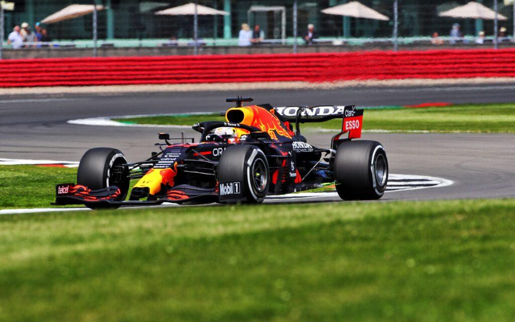 FP1 GP Gran Bretagna: comanda Verstappen davanti a Norris e Hamilton