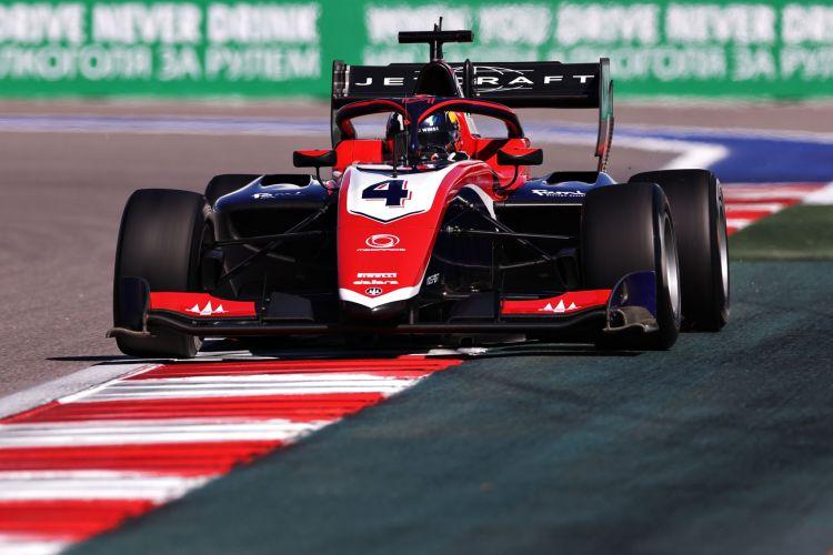 F3 | GP Russia - Doohan conquista la Pole e tiene aperto il campionato. La sessione di 30 minuti è iniziata in modo molto confusionario...