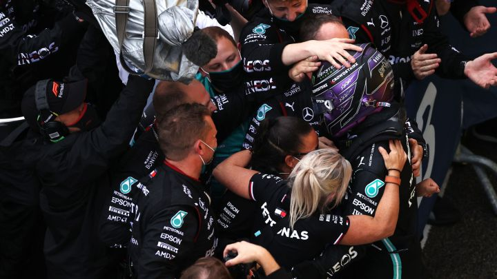 F1 | GP di Russia: Hamilton centra la centesima vittoria. Nessuno come lui.