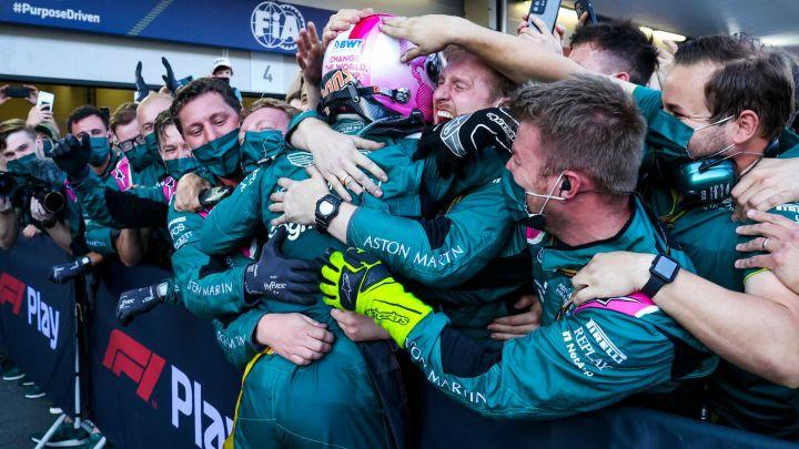 L'Aston Martin vuole ancora Vettel: il futuro è nelle mani del tedesco.