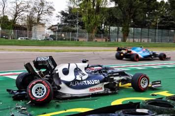 Tsunoda yuki tsunoda Alpha Tauri Coulthard Formula 1