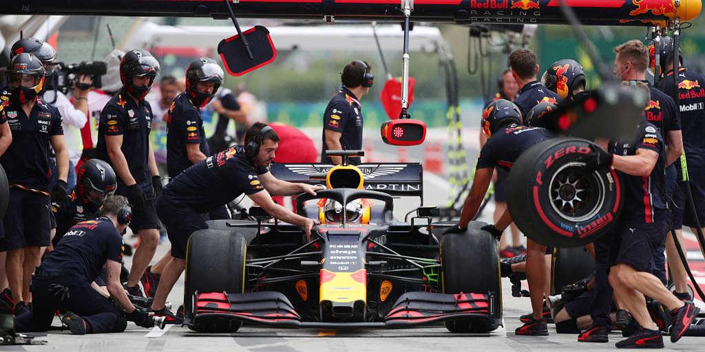 Red Bull e i pit stop: dalle stelle alle stalle, c'è chi rischia di farsi male