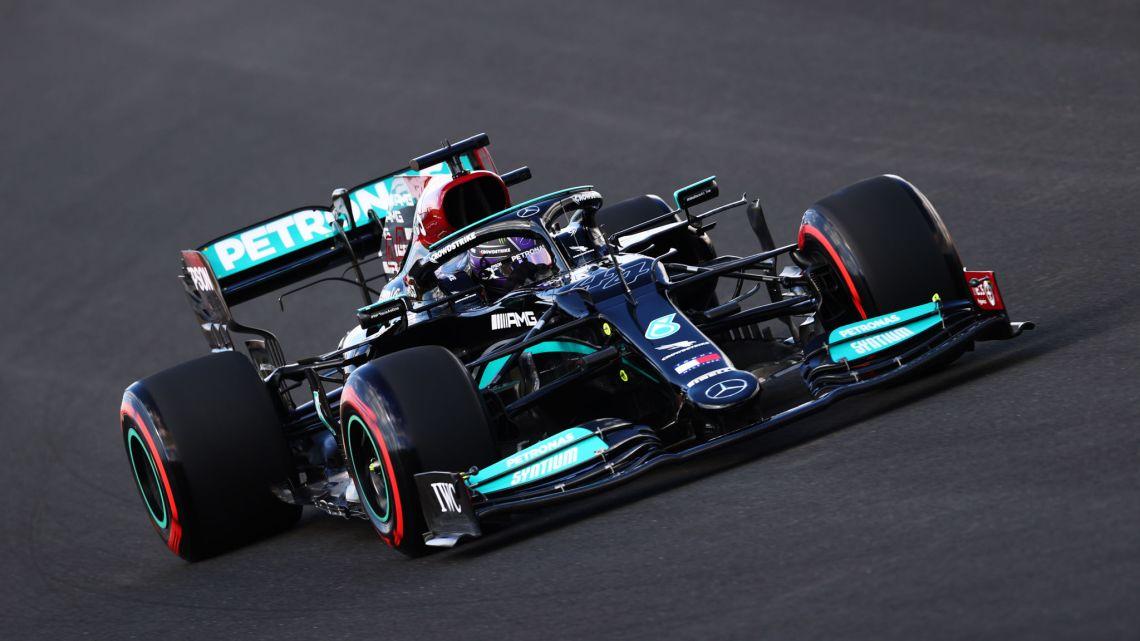 F1 | GP Turchia: Hamilton domina le FP2, seguono Leclerc e Bottas