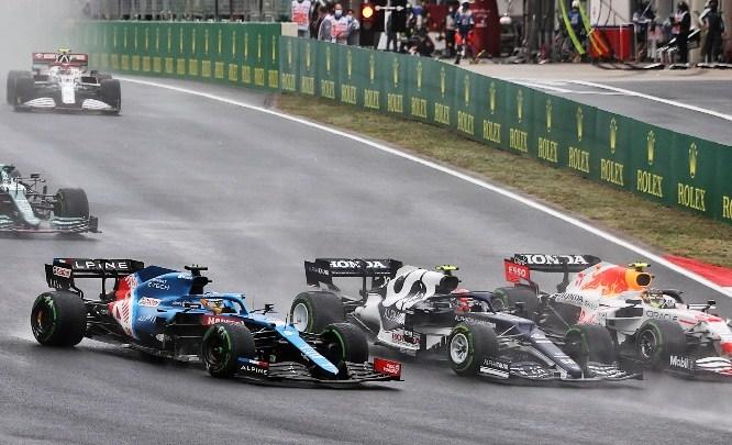 """Alonso: """"Chiedo scusa a Mick, penalità giusta"""""""