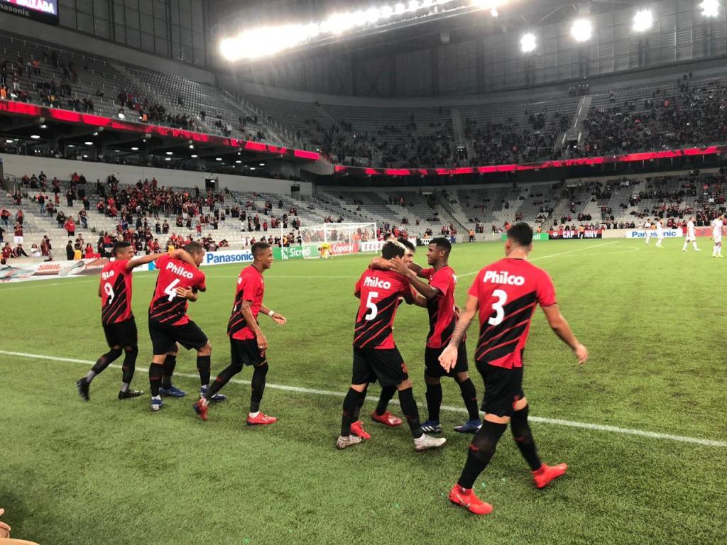 Athletico x Operário. Foto: Alceu Vieira [FURACAO.COM]