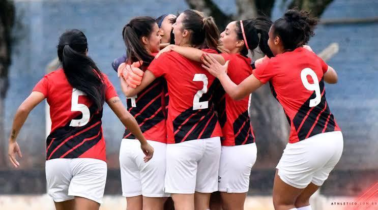 Gurias estão na próxima fase do Brasileirão A2 [foto: site oficial]